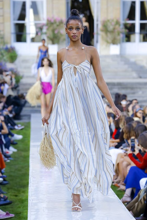 Jacquemus Spring/Summer 2019 Ready-To-Wear Collection