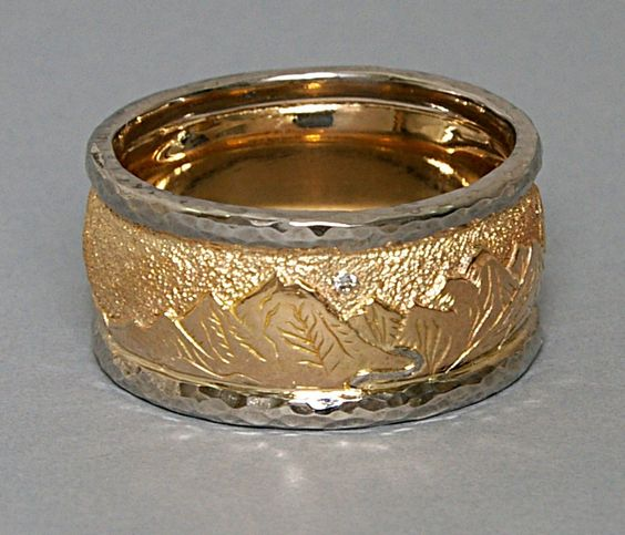 Custom 14ky and palladium hand engraved wedding ring for Engraving on mens wedding rings