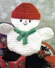 Free Crochet Pattern ~ Snowman   Hot Pad  From momsloveofcrochet.com