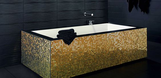 would love this in red tile - or even the gold :)Mosaics