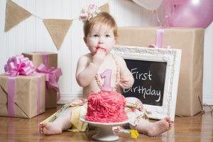 Как отпраздновать первый День Рождения девочки