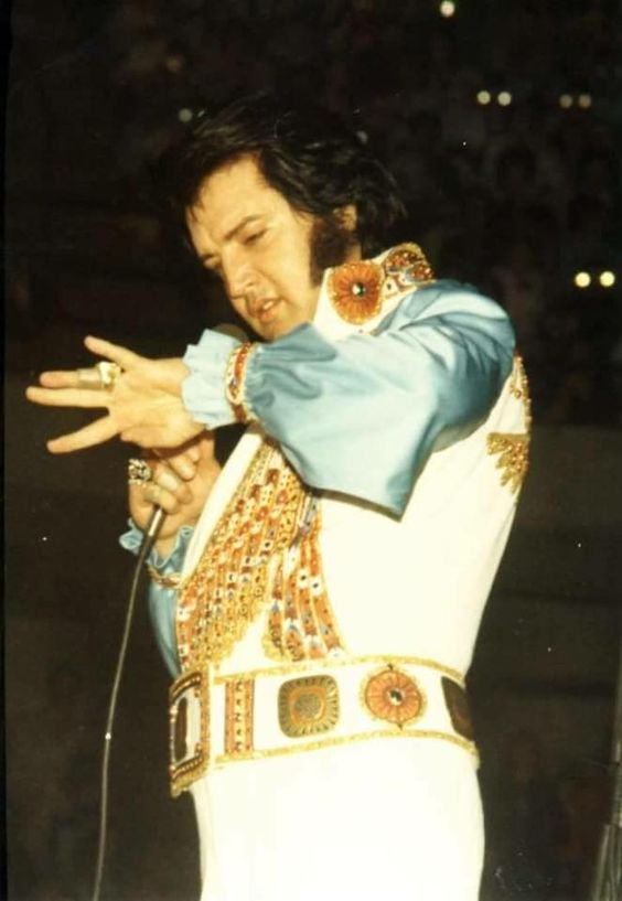 On Tour number 20 - April 21st - April 27th 1976 | Elvis is wearing the White Egyptian Bird suit at the Kemper Arena in Kansas City, MO on Wednesday, April 21, 1976 (8:30 pm). Photo by © Sean Shaver http://www.seanshaver.com/
