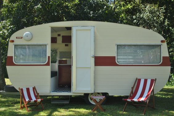 Cream and red with matching sling chairs.  Vintage Caravan Magazine. (Photo Mark Waterson).