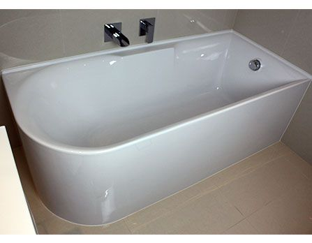 Aqua freestanding corner bath