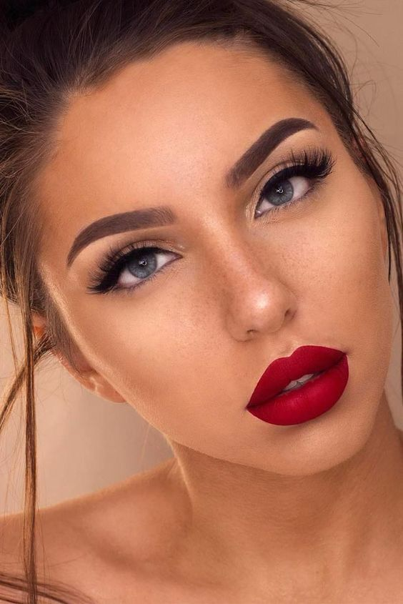 Classic Look Spring Wedding Makeup Spring Makeup Trends Red
