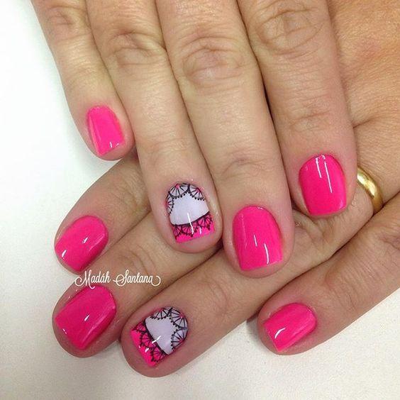 Nails #mimo #pink #filha #unica #rendinha #madáhsantana #manicure #nailartes #naoéadesivo #tudofeitoamaolivre #traçolivre #amooqueeufaço 💕💅🏽😍👌🏼👏🏼👏🏼