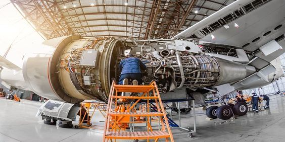 Best Aircraft Maintenance Engineering Ame Colleges In Mumbai Aircraft Maintenance Aircraft Maintenance Engineer Aircraft