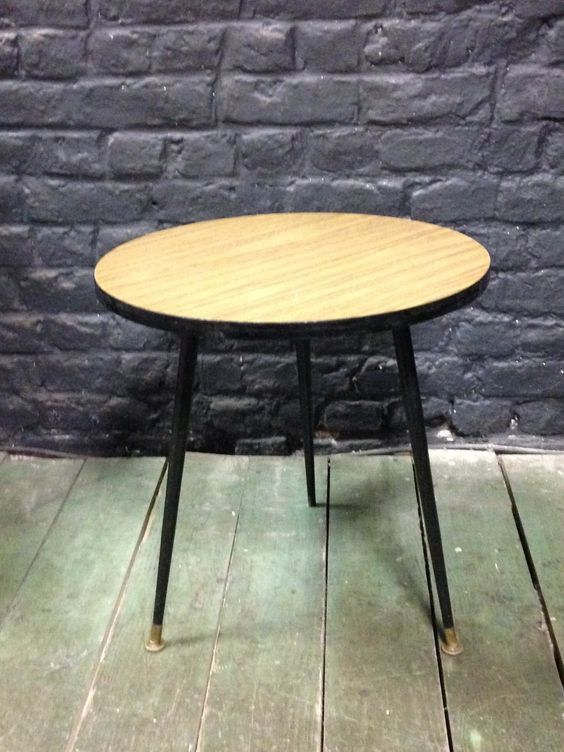 TABLE BASSE CIRCULAIRE VINTAGE