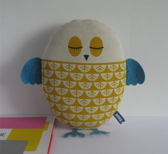 robinandmould hand screen printed owl plushie in yellow (also available in teal). $31