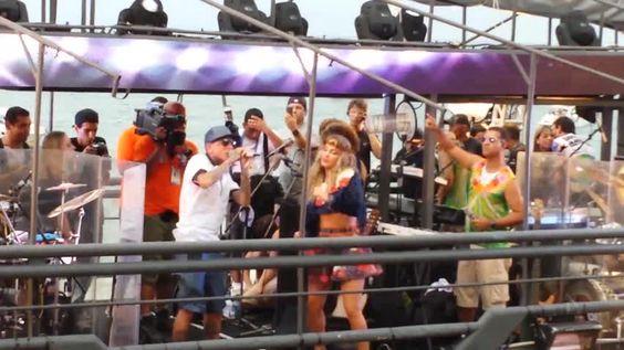 MC Guimê coloca Claudinha pra descer até o chão http://newsevoce.com.br/carnaval/?p=44