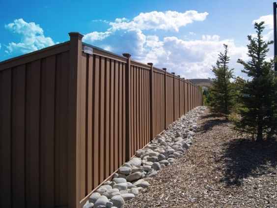 #affordable garden fence agent in uk , the cost per linear foot for a wood composite fence