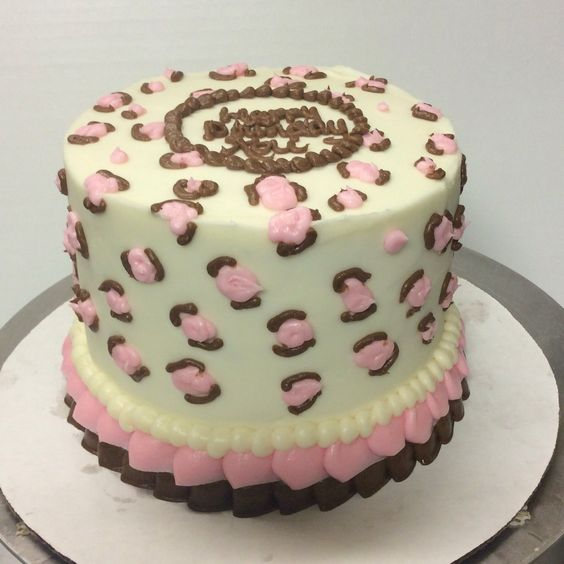 Cheetah print cake. Pink love.