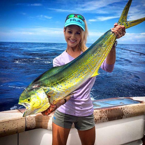 Brooke thomas with another mahi mahi coastalxp hot for Brooke thomas fishing