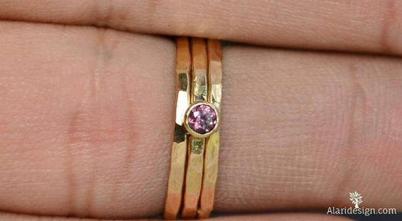 Classic 14k Gold Alexandrite Ring 3mm gold by Alaridesign on Etsy