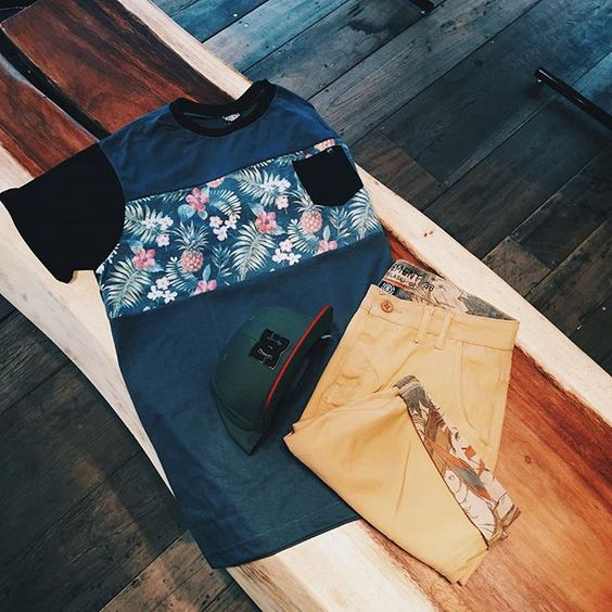 olha o que acabou de chegar | camiseta @southtosouthbrasil, boné @dcshoes e bermuda @element_br