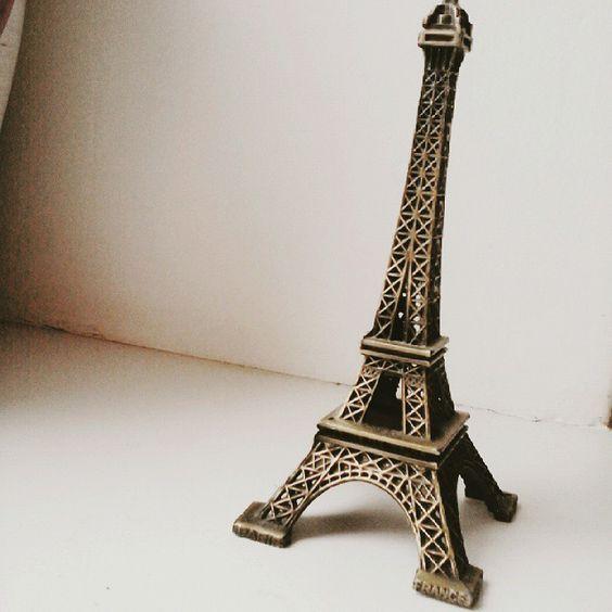#vscocam, #paris, #vscoparis, #belinsta, #marmaid, #irina, #gree, #irinagree, #ring, #oops, #france , #vscofrance , #vscoMinsk , #vscoBelarus, #beliber