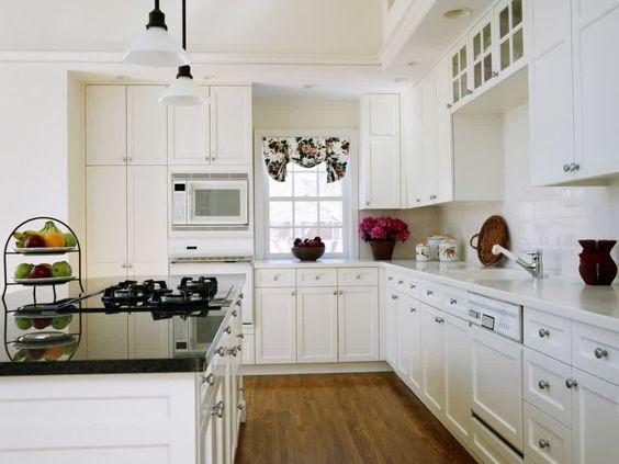 White shaker style cabinets with brushed nickel hardware for White kitchen cabinets with brushed nickel hardware
