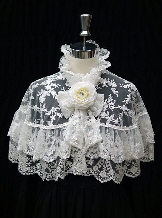 Lace Capelet Elegant Lace Cape in White by GlassWorldMasquerade, $115.00: