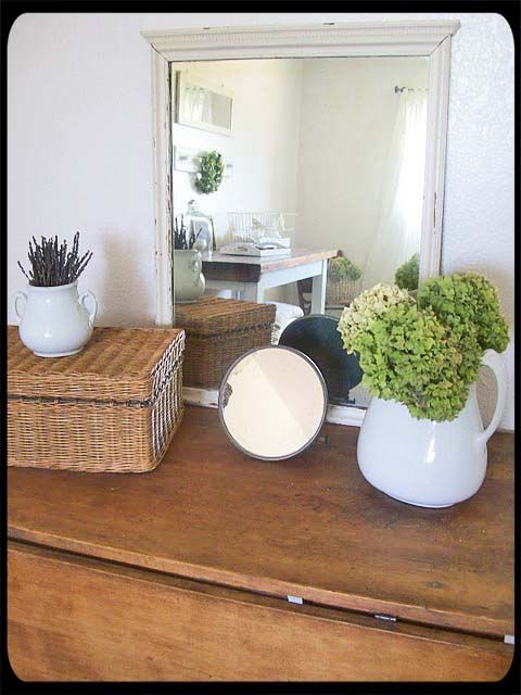Decorating: Home Is, Decorating Ideas, Apartment Decorating, Pikes Board, White Vases, Curious Finds