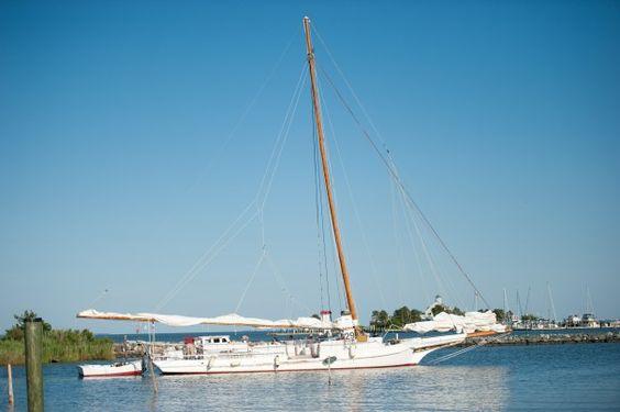 rebecca t ruark | The Rebecca T. Ruark leaves Dogwood Harbor to enter the Choptank River ...