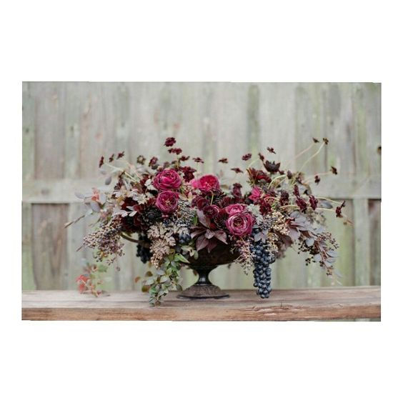 ¡Adornos florales de infarto! Foto: @silvanadifrancophotography Via: @alison_events