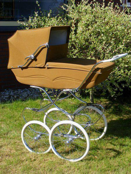 souplex belgische kinderwagen uit de jaren 60. Black Bedroom Furniture Sets. Home Design Ideas