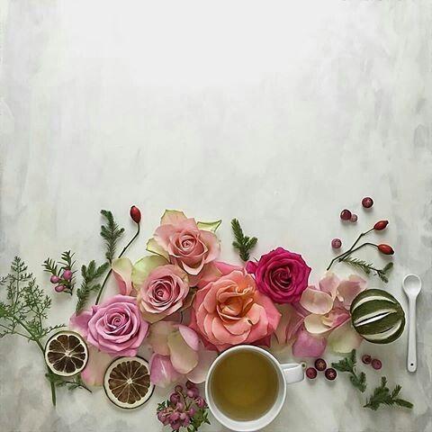 Pin By واحد1من الناس On للتصميم Floral Wreath Instagram Instagram Posts