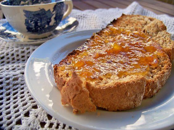 Come Y Disfruta: Pan, con mermelada