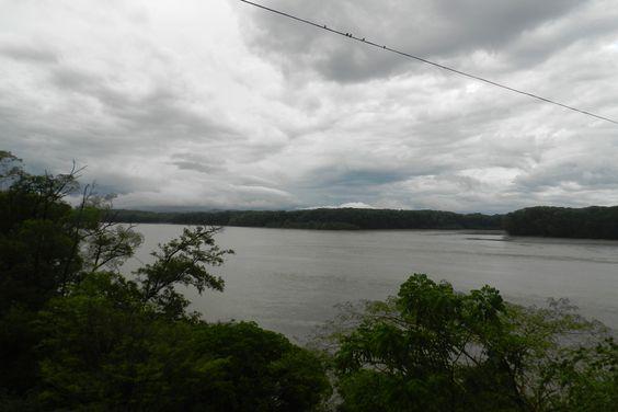 Un carro cayó al río Tempisque, hay un desaparecido
