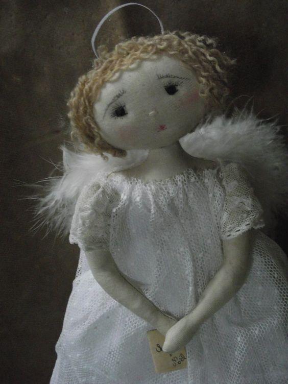 ..ange si doux qui veillez sur nous...(25cm)