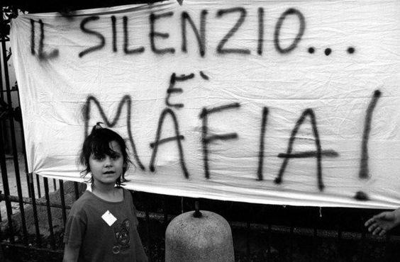 «Vi sono momenti nella vita, in cui tacere diventa una colpa e parlare diventa un obbligo» (Oriana Fallaci )
