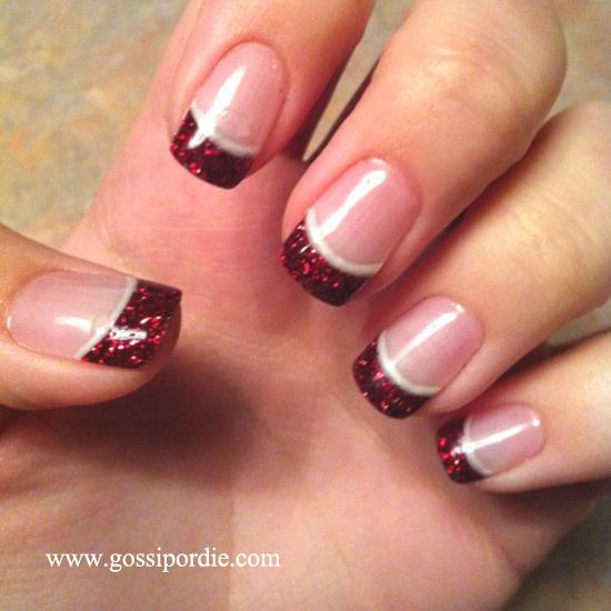 7 Creative Christmas Nails: