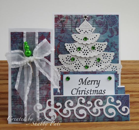 Shabby Pati: Merry Christmas - love the tree made with paper doilies!