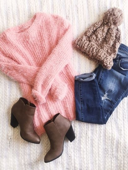 fuzzy pink sweater, brown pom pom beanie, brown booties, and skinny jeans | cozy winter outfit #ootd #winterstyle