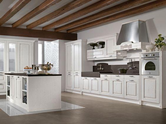 Cucina classica anta telaio decapè bianco con piano di lavoro nero ...