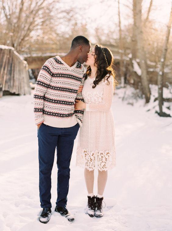 På college dating en high school jente