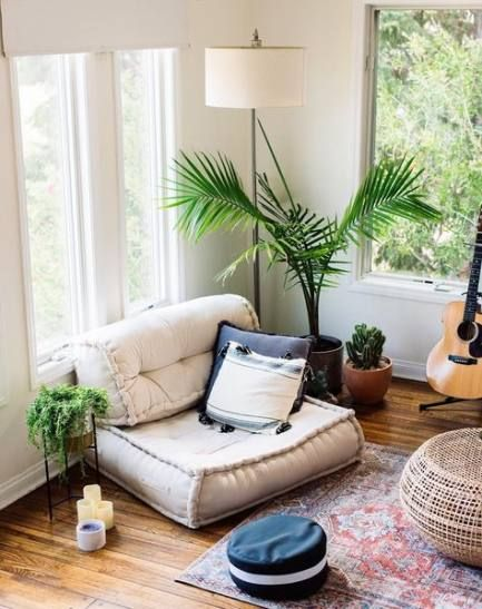Home Yoga Room Image By Courtney Acree On Spiritual Home In 2020 Meditation Room Decor Chill Room