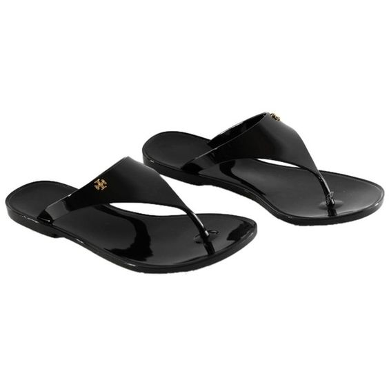 Pre-owned Tory Burch Speer Flat Thong Black Sandals ($110) ❤ liked on Polyvore featuring shoes, sandals, black, jelly shoes, black flat sandals, thong sandals, flat thong sandals and jelly sandals