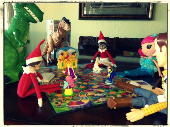Elves playing Candyland with the rest of the toys!