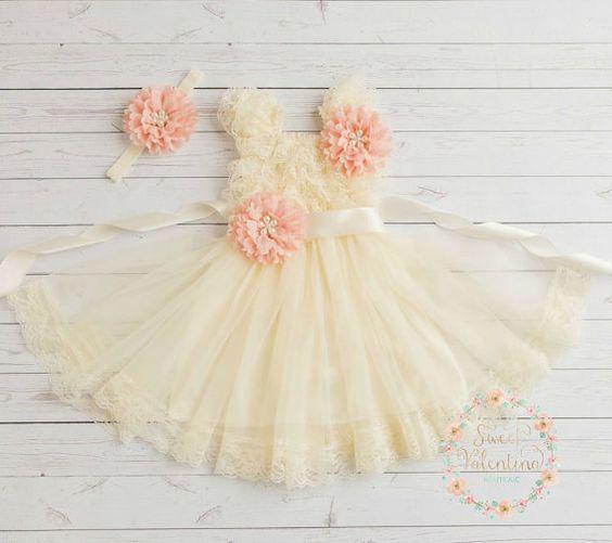 Rustic flower girl dressburlap girls lace dress von SweetValentina
