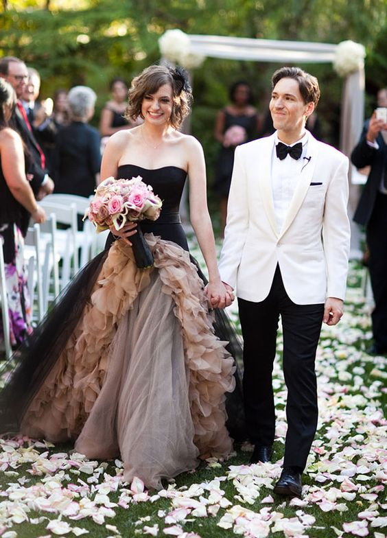 10 Colored Wedding Dresses For The Non Traditional Bride: