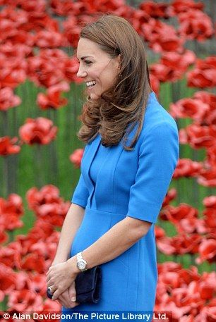 Duchess of Cambridge is pregnant with her second child | Mail Online