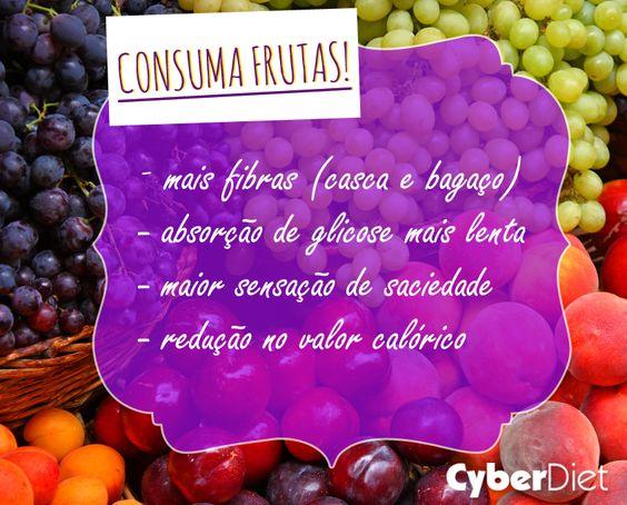 Sabe-se que os sucos são feitos de frutas, porém consumi-las inteiras é muito mais saudável, afinal, quantas laranjas usamos para fazer um copo de suco? http://maisequilibrio.com.br/nutricao/frutas-saude-a-mesa-2-1-1-89.html