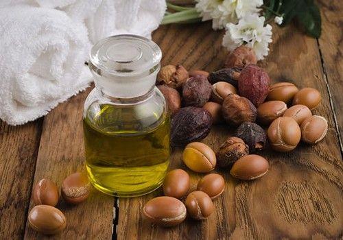 Argon oil helps cats ears. Use for dry skin too! | Aceite argan, Aceite de  argan para el cabello, Aceite de argan cabello