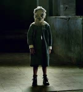 Videos house and creepy kids on pinterest for Spooky haunted house ideas