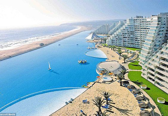 Maior piscina do mundo no Chile