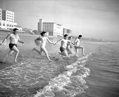 Oldie but goodie snapshot of Santa Monica Beach, California, circa 1947