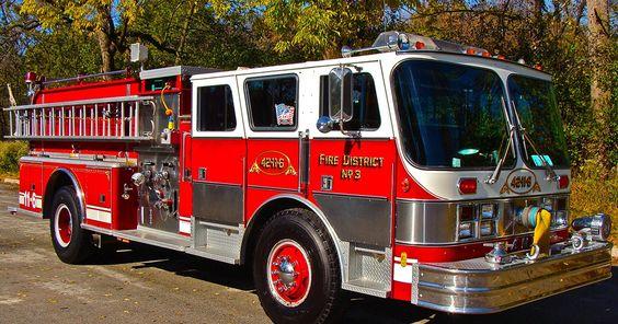 1987 HAHN FIRE TRUCK 1250 GPM / 1000 GALLON TANK, ALLISON AUTOMATIC…