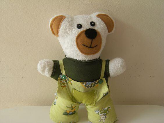 Naninha ursinho com tecido atoalhado.