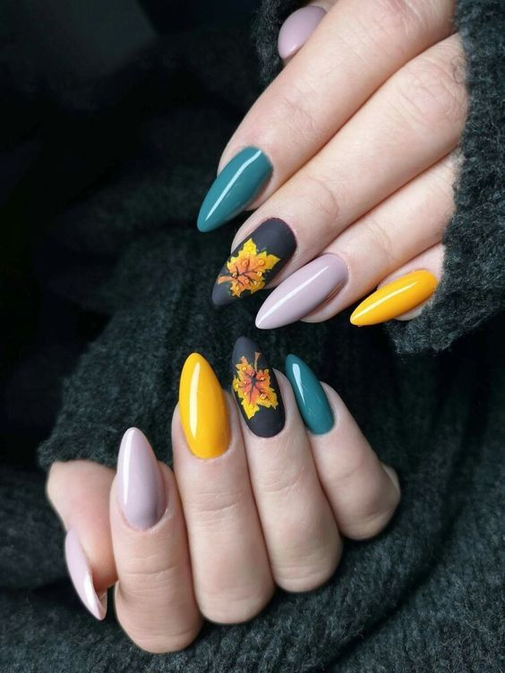 Let S Blend In This Awesome Atmosphere Of November Nails November Manicure Inspiration Fall Autumn Classy Nails Fall Nail Art Designs Fall Nail Designs